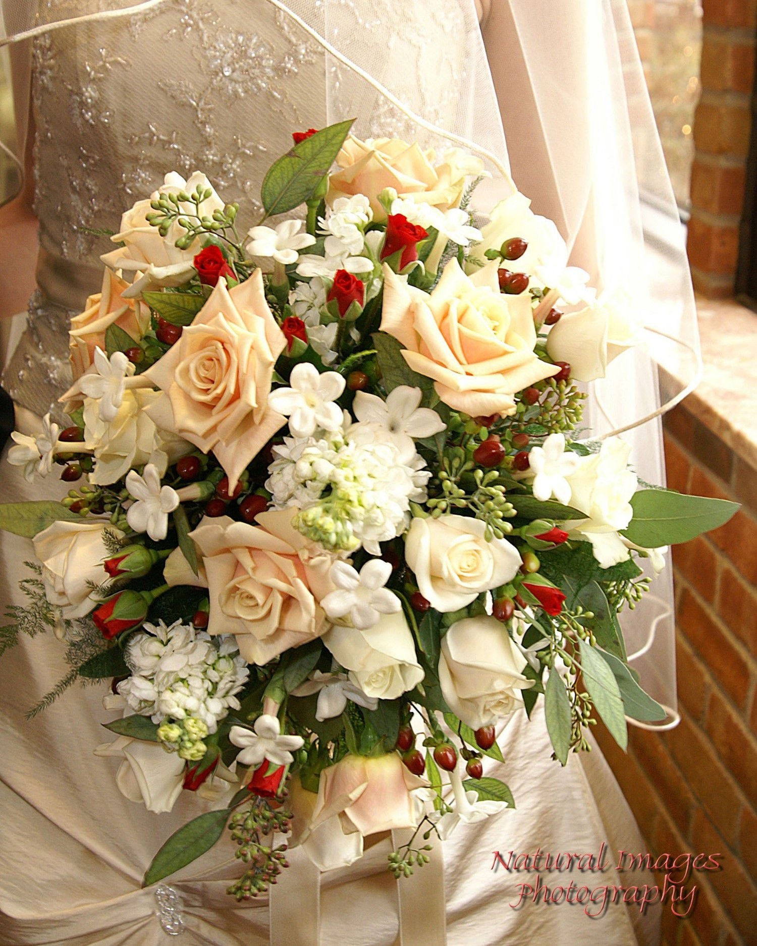 Wedding Flowers Flint Mi : Wedding bouquet photos